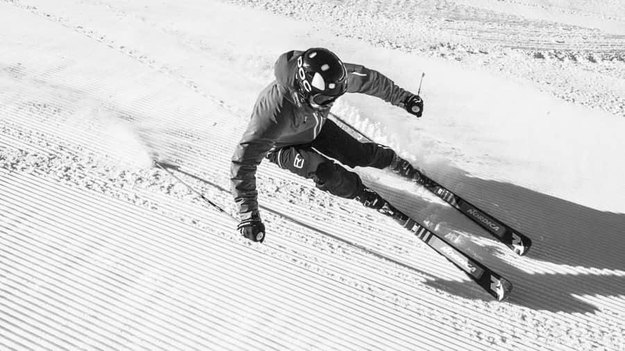 Sjezdové lyže f10135b3f70